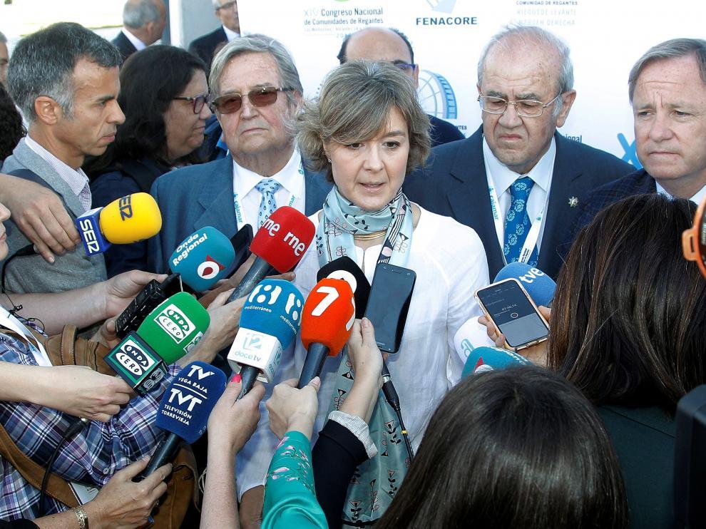 Isabel García Tejerina, poco antes de inaugurar el XVI Congreso Nacional de Comunidades de Regantes de España.
