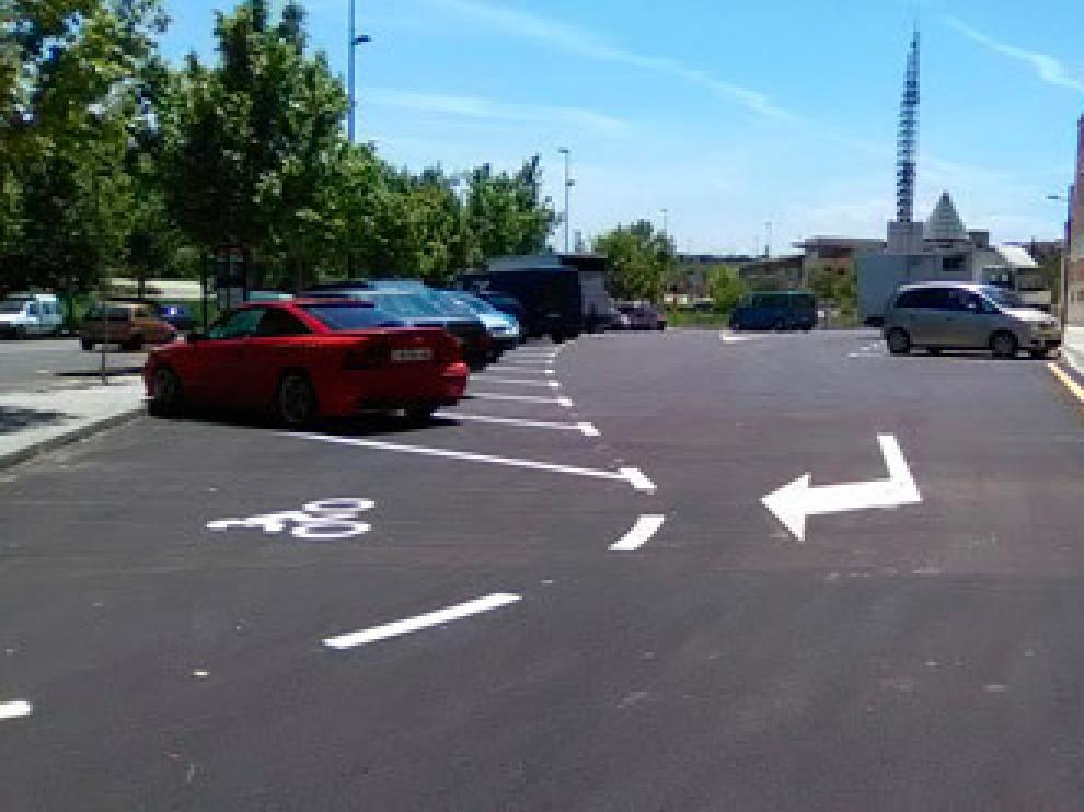 Nuevo aparcamiento en un solar junto a la calle  Zafiro, en La Paz