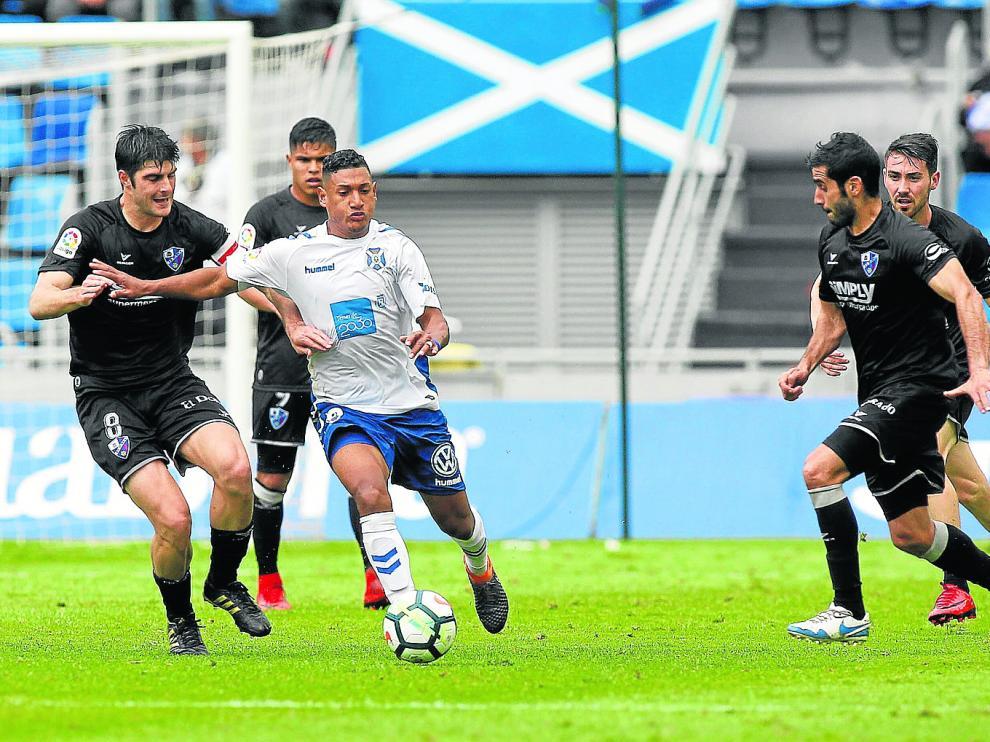 Imagen del partido pasado entre la SD Huesca y Tenerife.