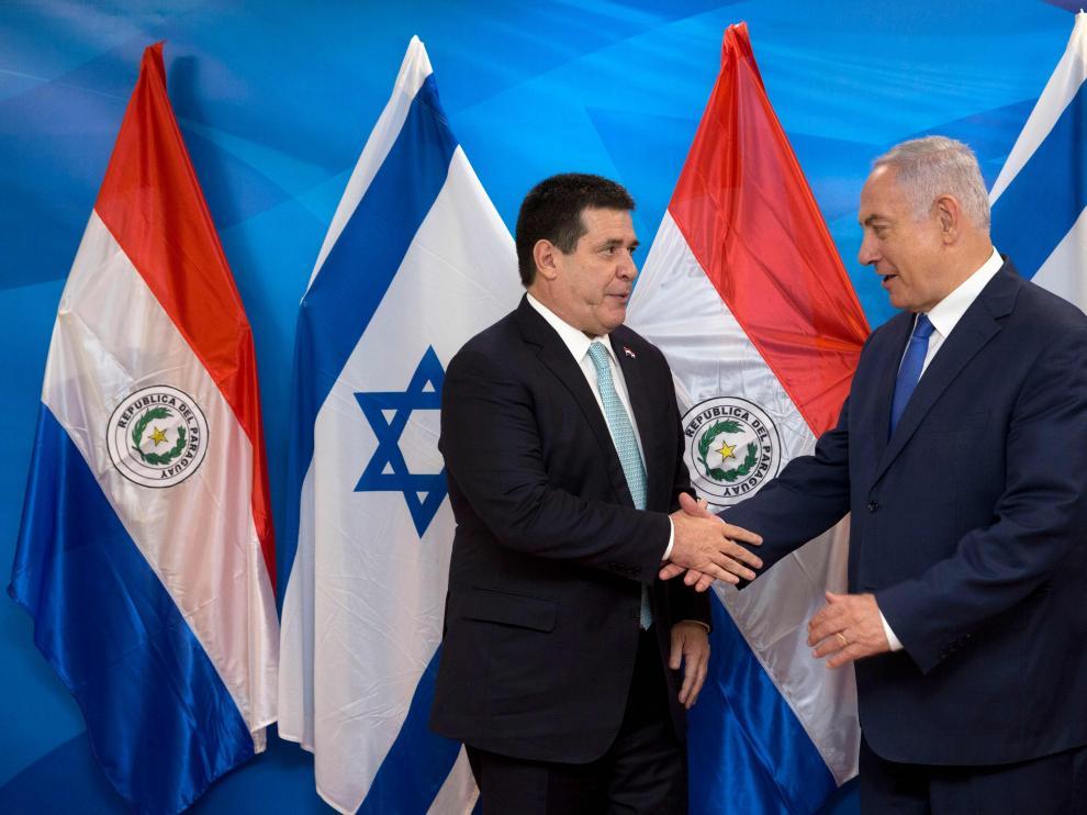 El primer ministro israelí, Benjamín Netanyahu, y el presidente de Paraguay, Horacio Cartes.