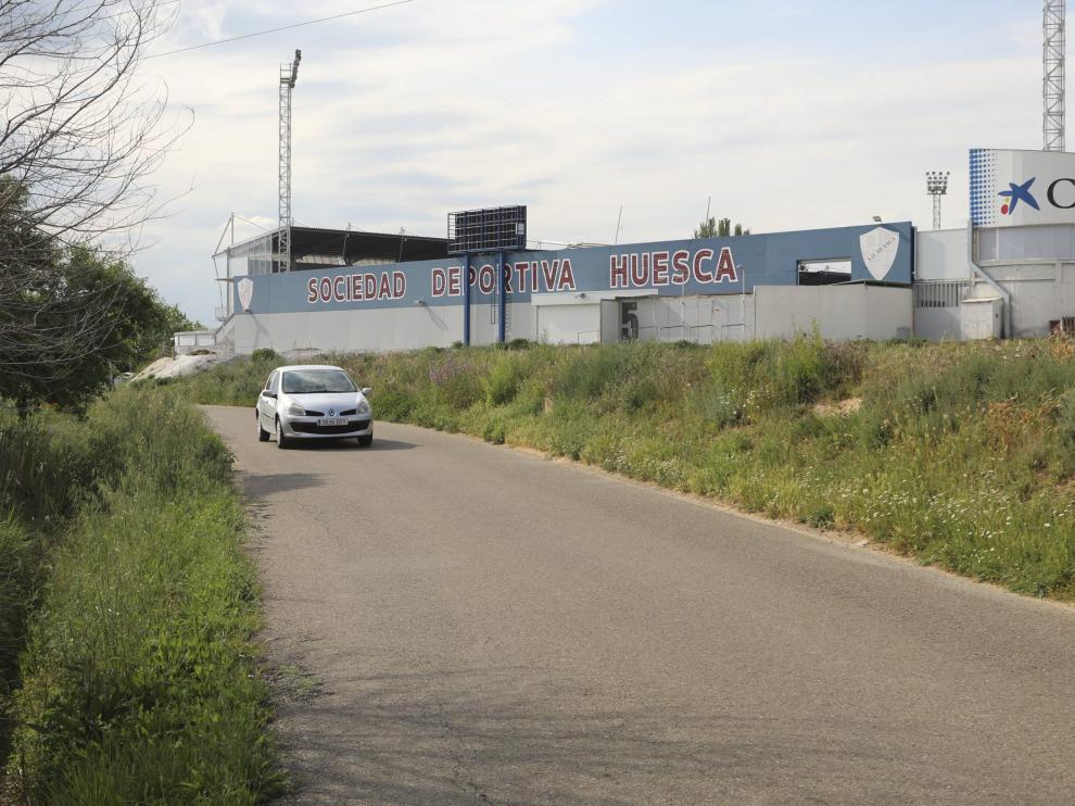 Camino del Cocorón, desde la avenida Martínez de Velasco hasta el campo de El Alcoraz.