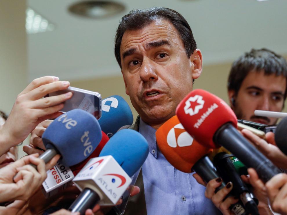 El coordinado general del PP, Fenando Martínez-Maíllo, en declaraciones a los medios tras conocerse la sentencia de la Audiencia Nacional correrpondiente a la macrocausa de Gürtel.