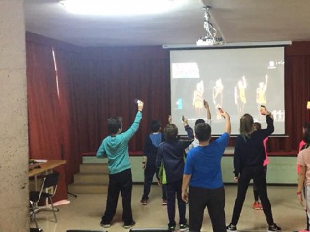 Alumnos del colegio Santa Rosa de Huesca participantes en el proyecto de investigación.