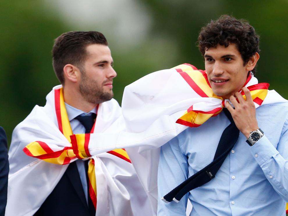 Vallejo, junto a Nacho, durante la celebración de la Champions en Madrid.
