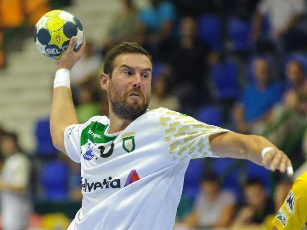 El portugués Filipe Mota durante un partido con el Anaitasuna.