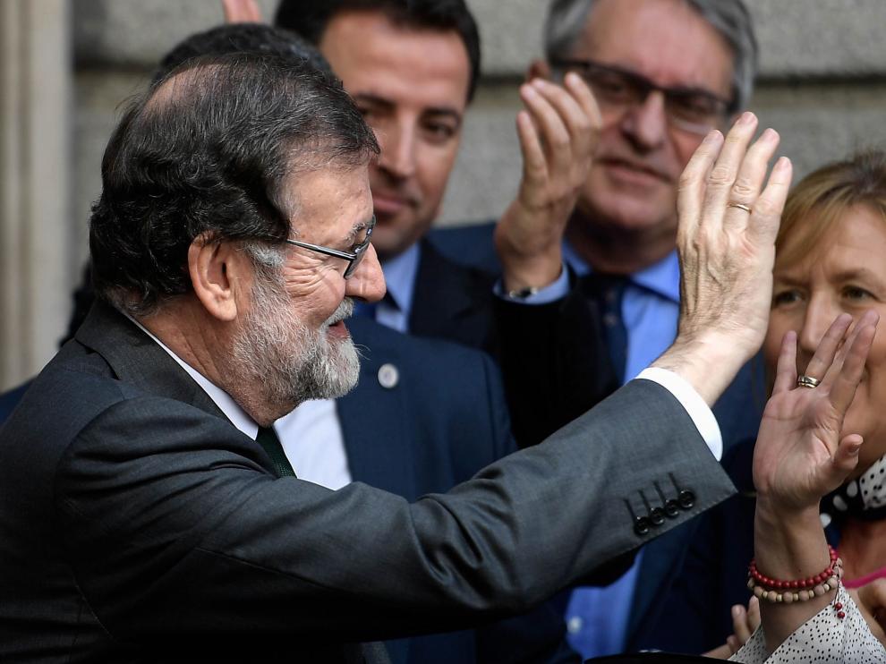 Rajoy Dimite 12 Frases Célebres De Rajoy Del Its Very