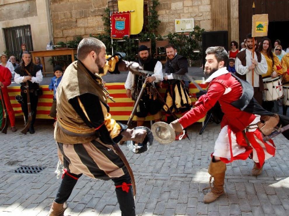 Fonz luce su rica historia y patrimonio en una multitudinaria Feria del Renacimiento