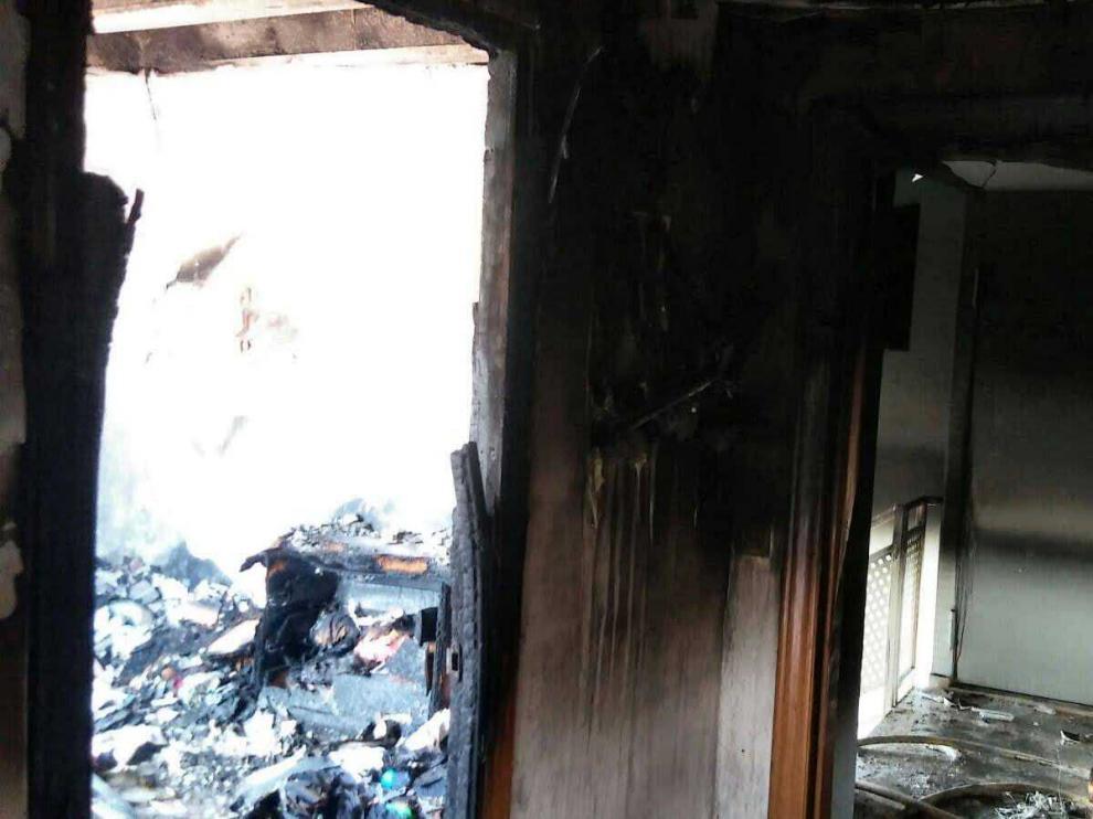 Los Bomberos han sofocado un incendio en una vivienda de Épila.