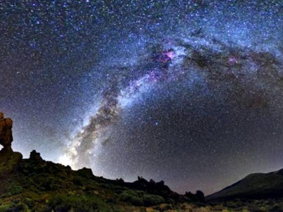 El astroturismo se practica en los cielos más limpios.