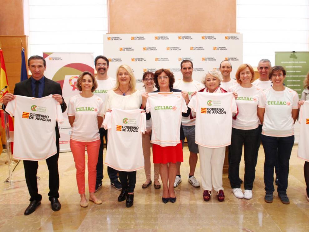 Las camisetas son fruto Dirección General de Protección de Consumidores y Usuarios y la Asociación Celíaca Aragonesa