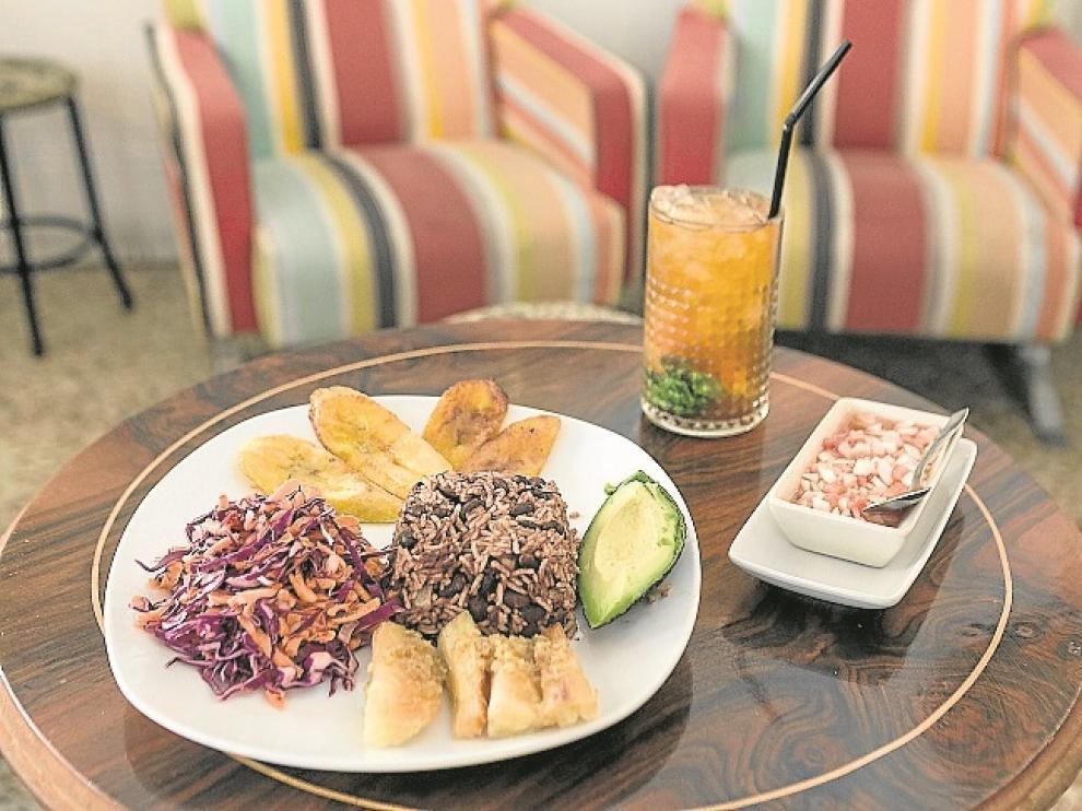 Cuatro restaurantes en Zaragoza para disfrutar comiendo ...
