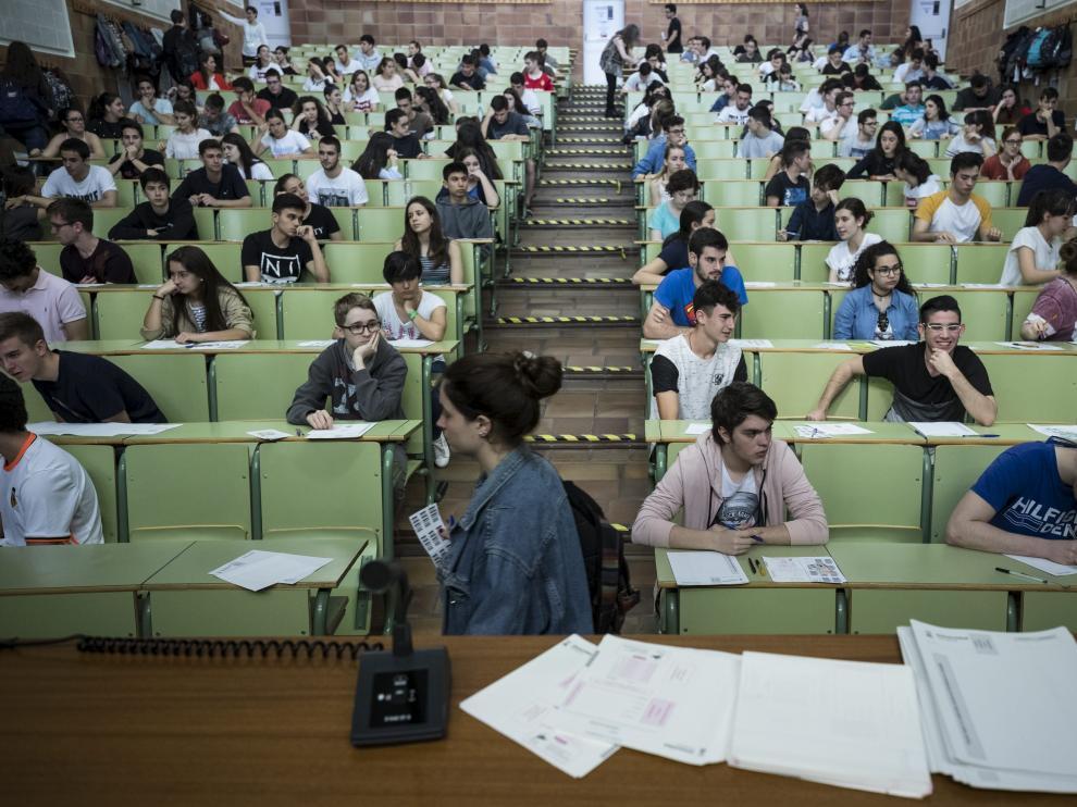 Una de las aulas en las que se hicieron los exámenes de la EVAU en junio