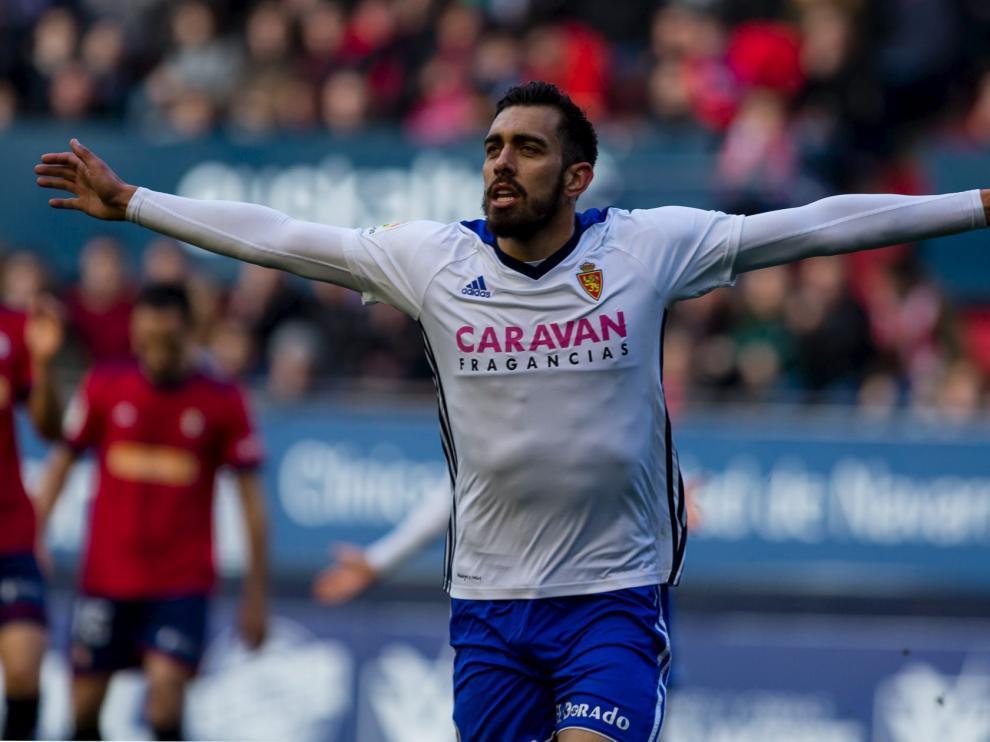 Borja Iglesias celebra uno de los 22 goles que ha marcado con la elástica zaragocista