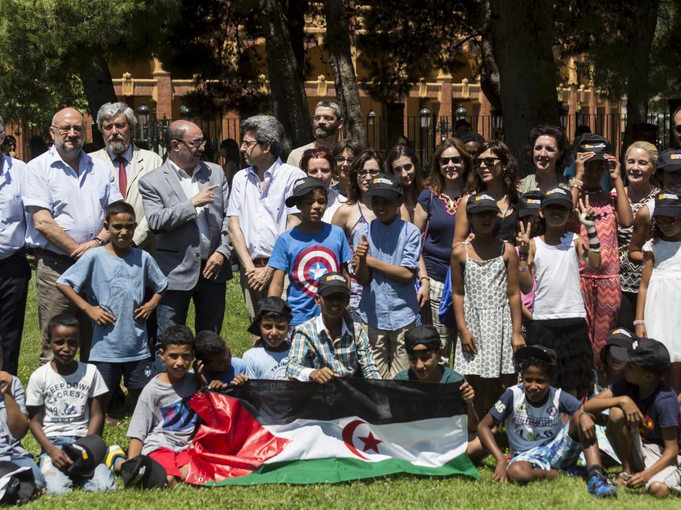 Recepción de los niños saharauis que pasaron el verano de 2016 en Zaragoza.
