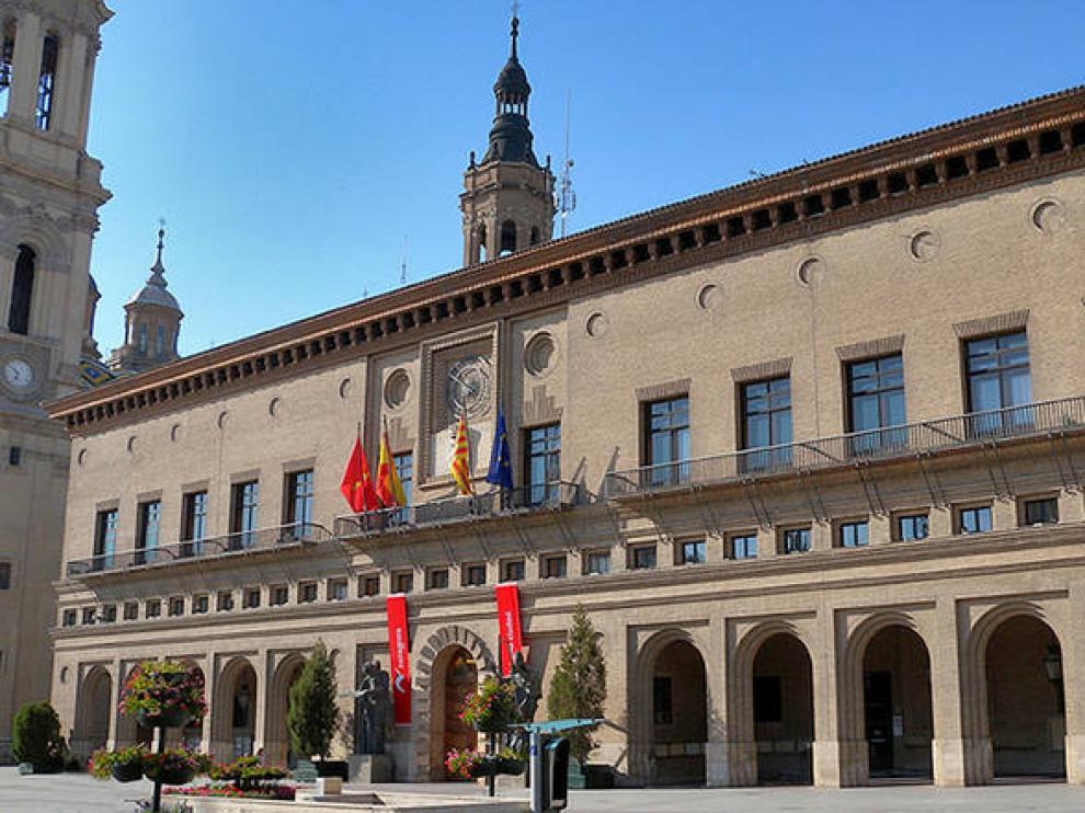 Fachada del Ayuntamiento de Zaragoza