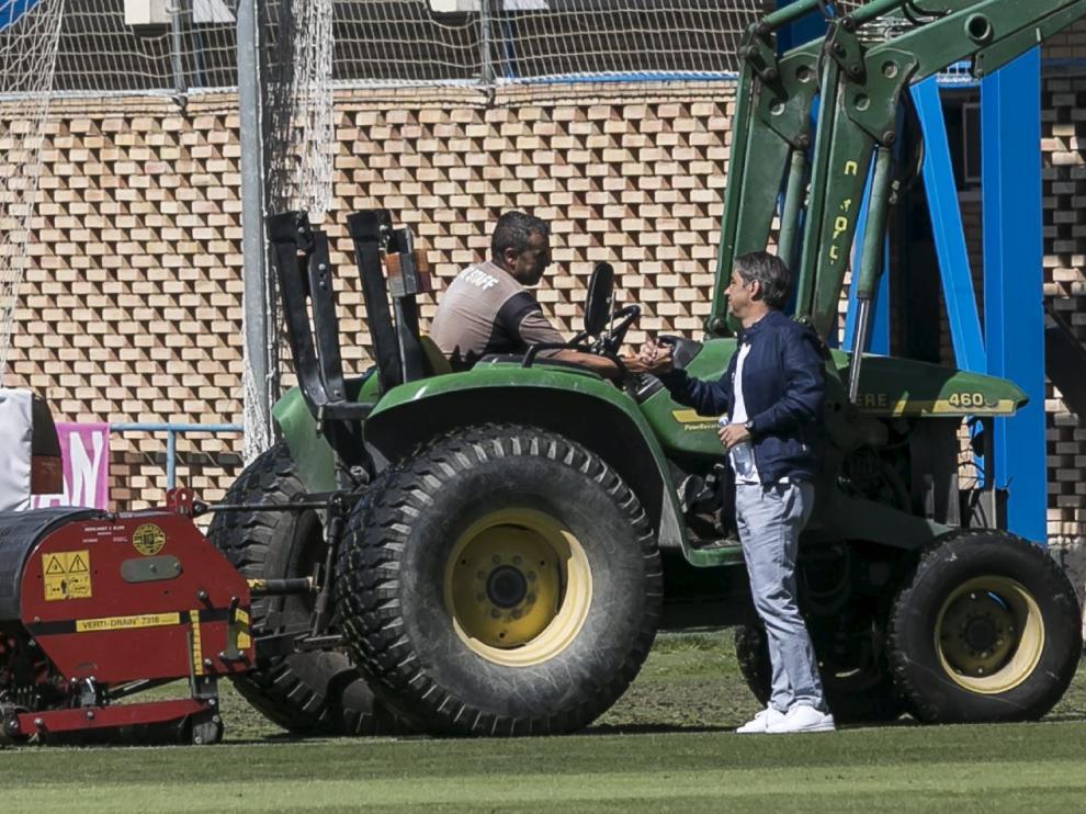 Natxo González, despidiéndose del personal de la Ciudad Deportiva, el pasado domingo, día 10.