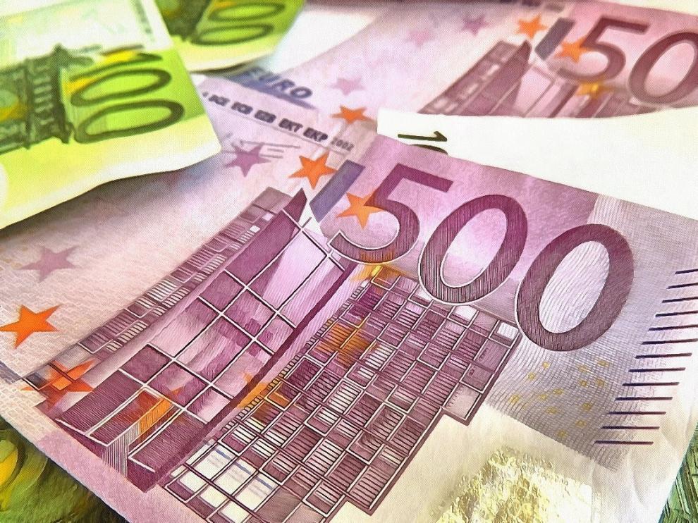 La fortuna de estos millonarios representa casi la mitad del PIB de España.