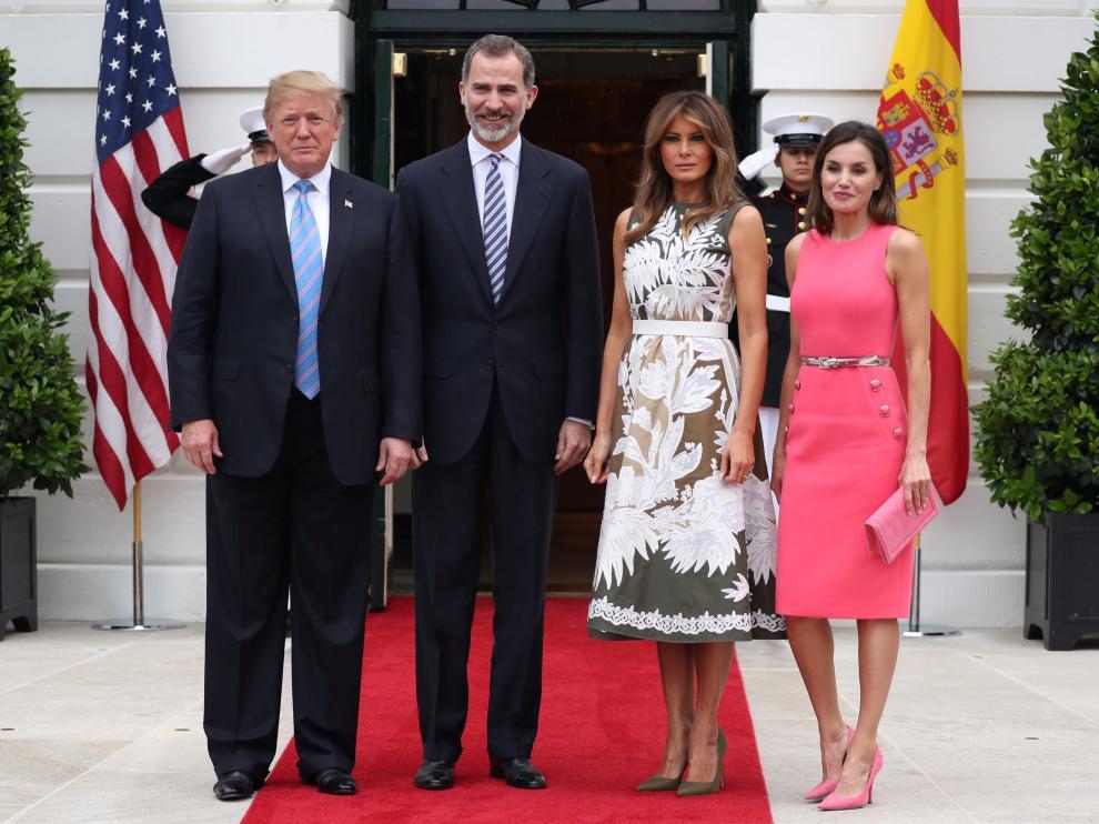 Don Felipe y doña Letizia, acompañados por Donald y Melania Trump.