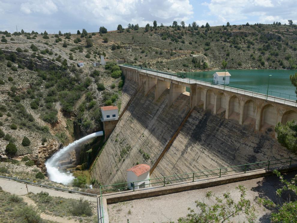 La presa del Arquillo desembalsa desde el pasado 28 de mayo.