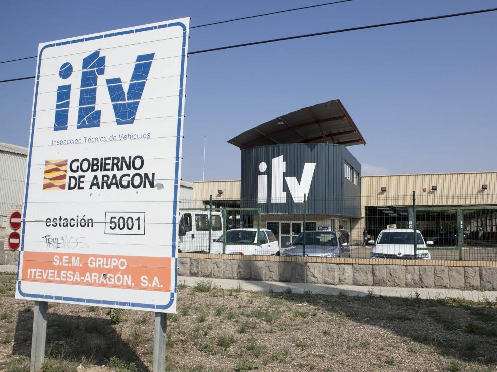 Fachada de la ITV de Malpica en Zaragoza, donde se detectaron las irregularidades.