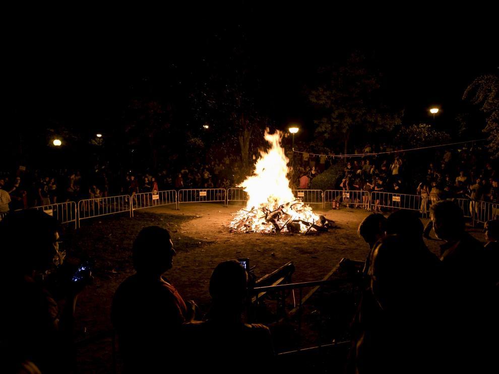 Fotos de la noche de San Juan en Zaragoza