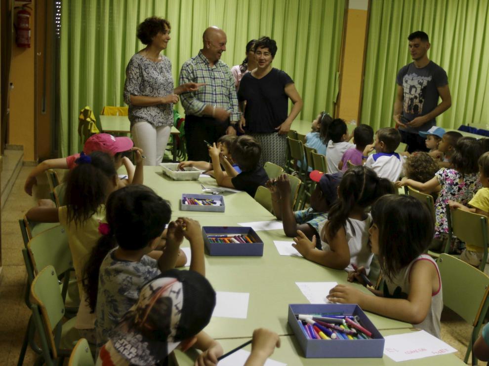 'Abierto por Vacaciones' en el colegio Sancho Ramírez de Huesca.