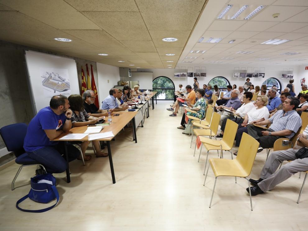 La junta de distrito del Rabal se reunió en el centro cívico de la Estación del Norte.
