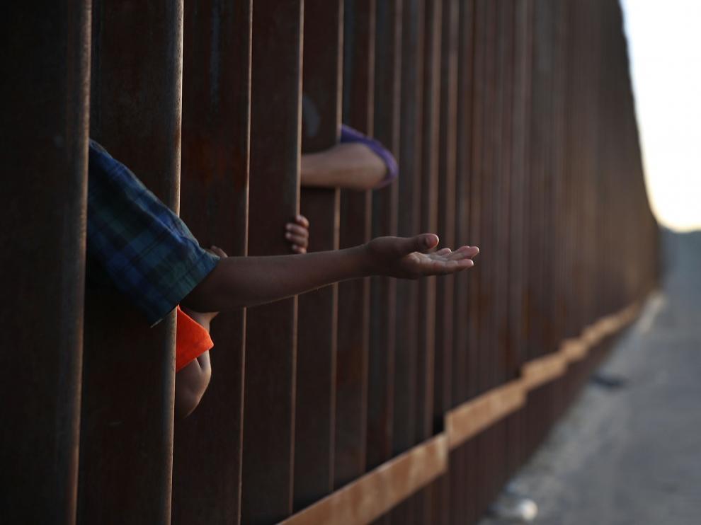 El texto rechazado concedía 25.000 millones de dólares para crear el muro con México.