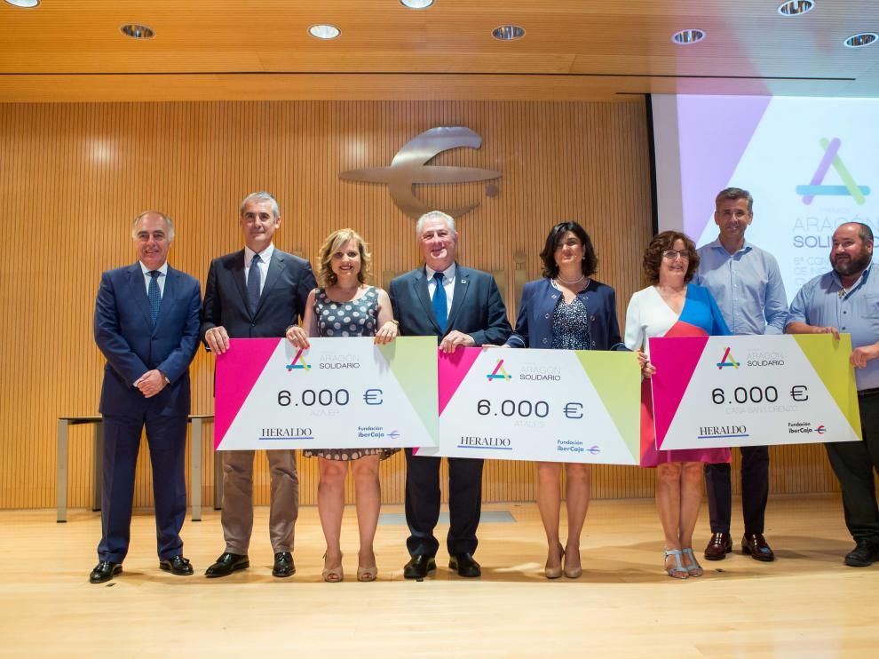 De izquierda a derecha, José Luis Rodrigo, Juan Carlos Sánchez, Miriam Gañán, Jesús Soto, Paloma de Yarza, María Victoria Broto, Mikel Iturbe y Juan Vela