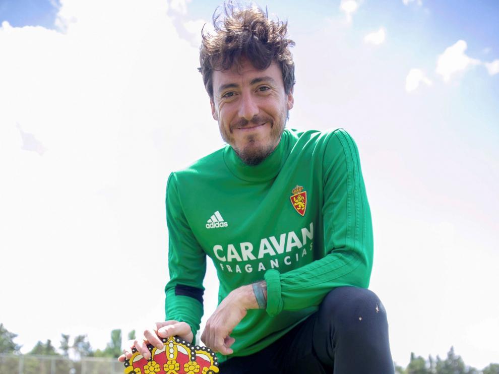 Cristian Álvarez seguira con el mismo escudo y continuará en el Real Zaragoza.