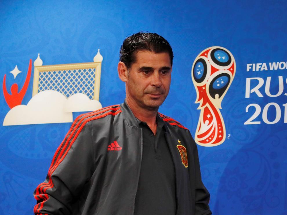 Fernando Hierro durante la rueda prensa previa al España-Rusia.