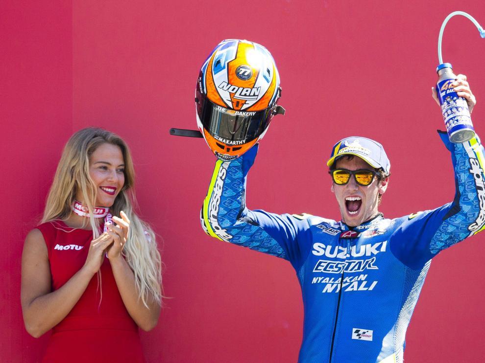 Álex Rins celebra su segunda posición en el GP de Holanda de Moto GP.