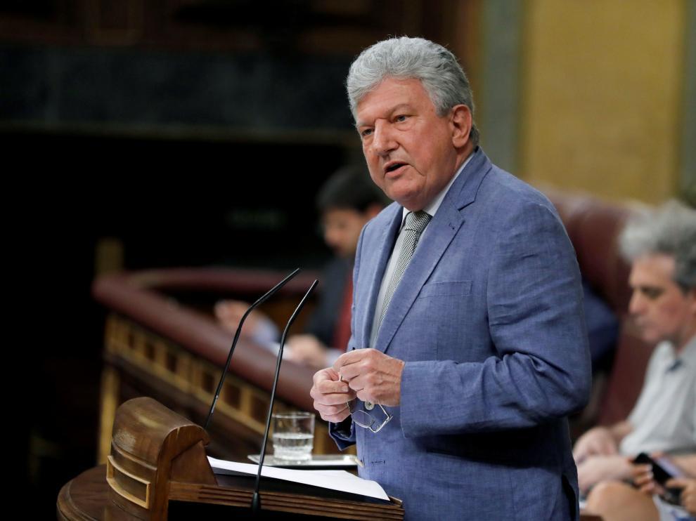 El diputado de Nueva Canarias, Pedro Quevedo, este lunes en el Congreso.