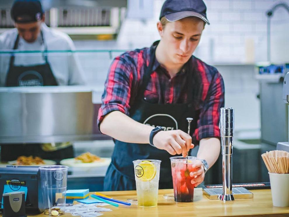 Los empleos más frecuentes para jóvenes en el extranjero son en hostelería, servicios y au pair.