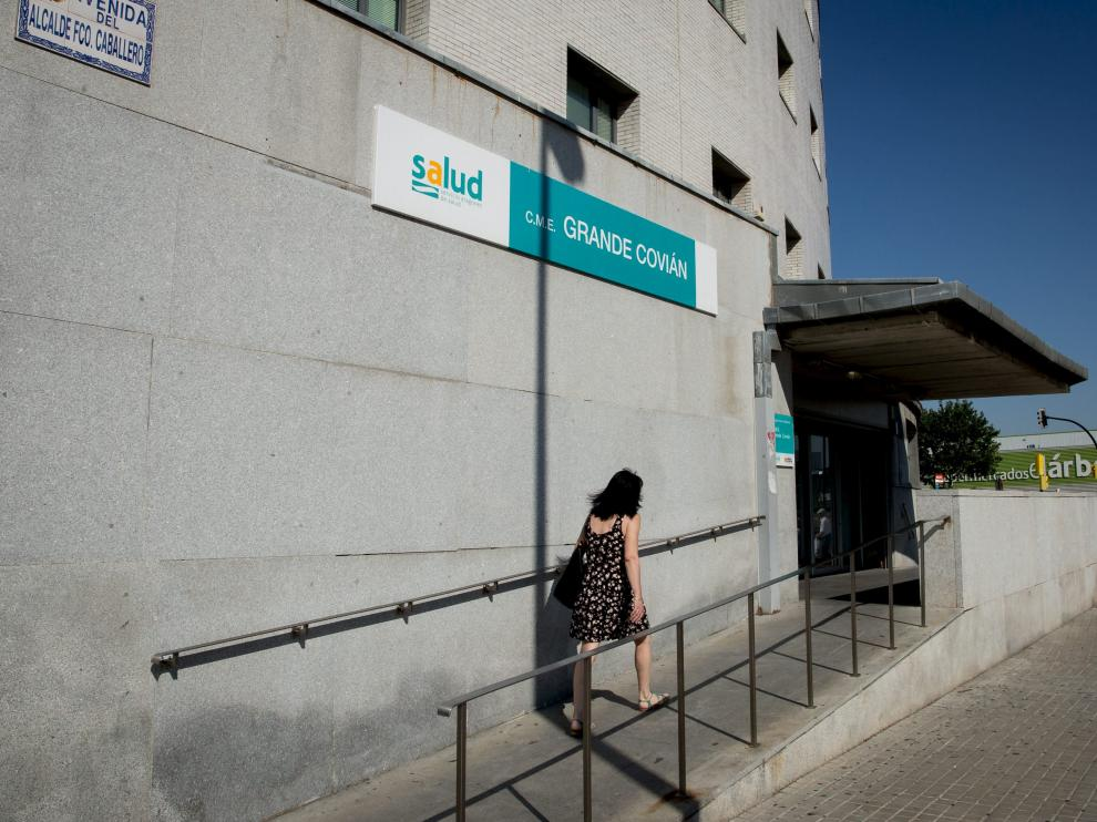 El centro Grande Covián atiende a la población de la margen izquierda de Zaragoza.