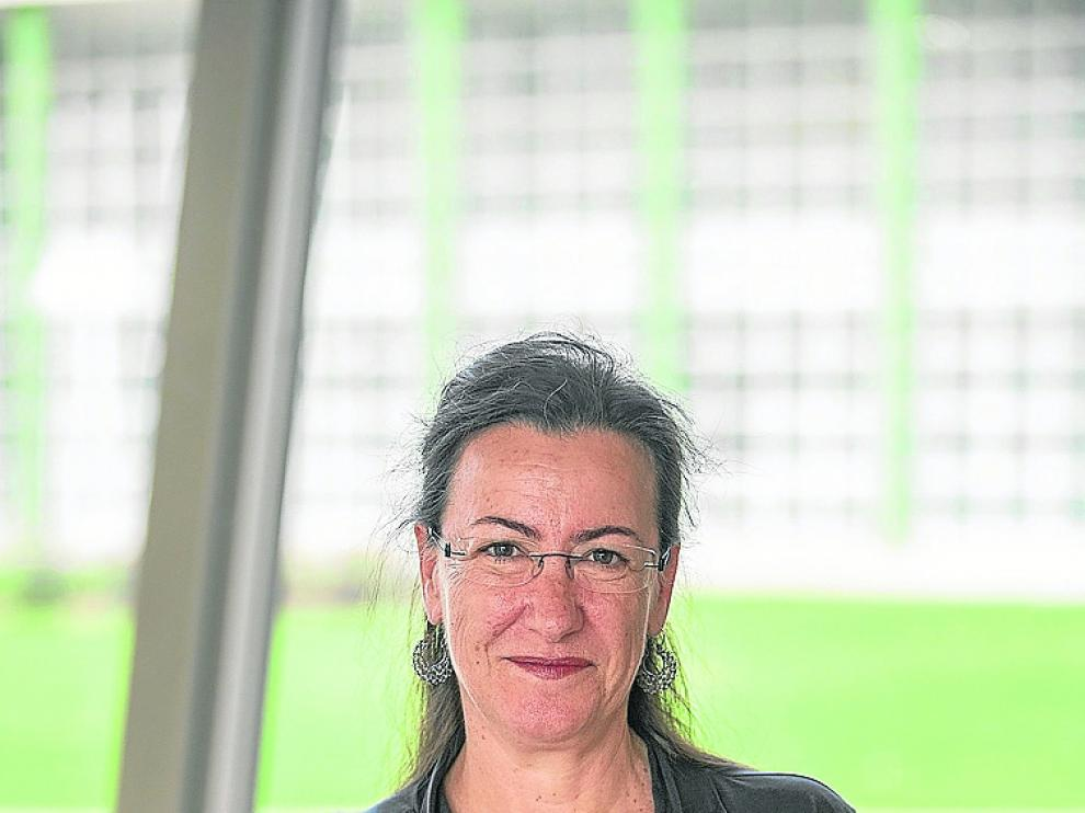Begoña García, en el campus universitario de Teruel.