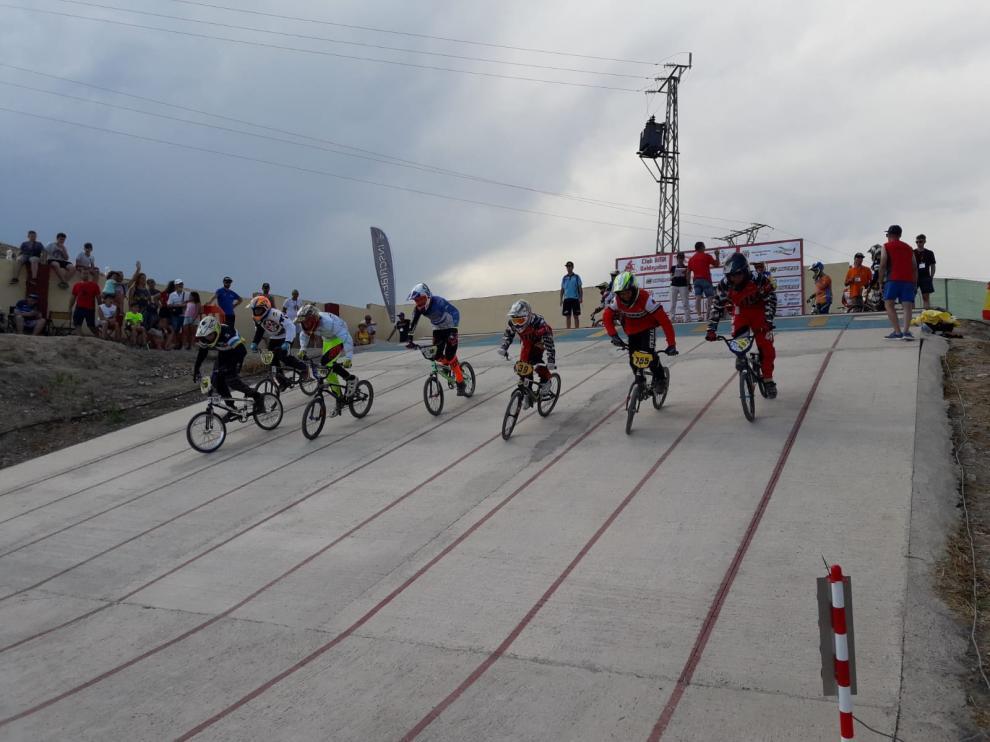 Salida de una de las pruebas celebradas este sábado en el circuito El Arañal