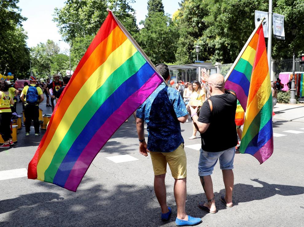 Las calles de Madrid se llenan de colorido en el desfile del Orgullo