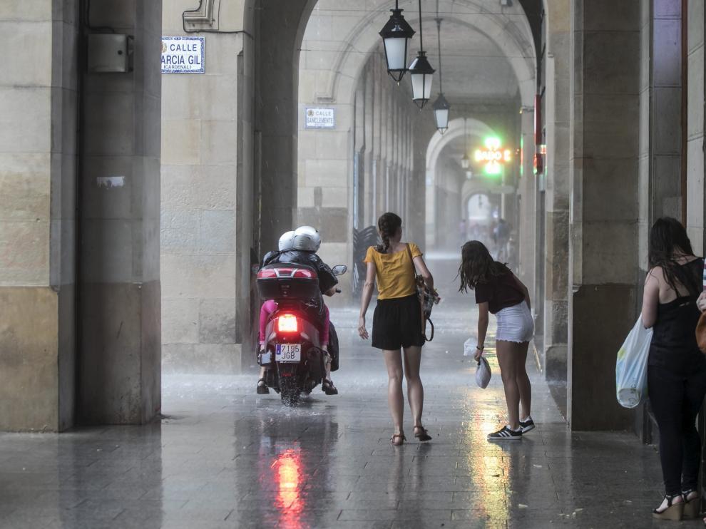Tormenta atípica en Zaragoza