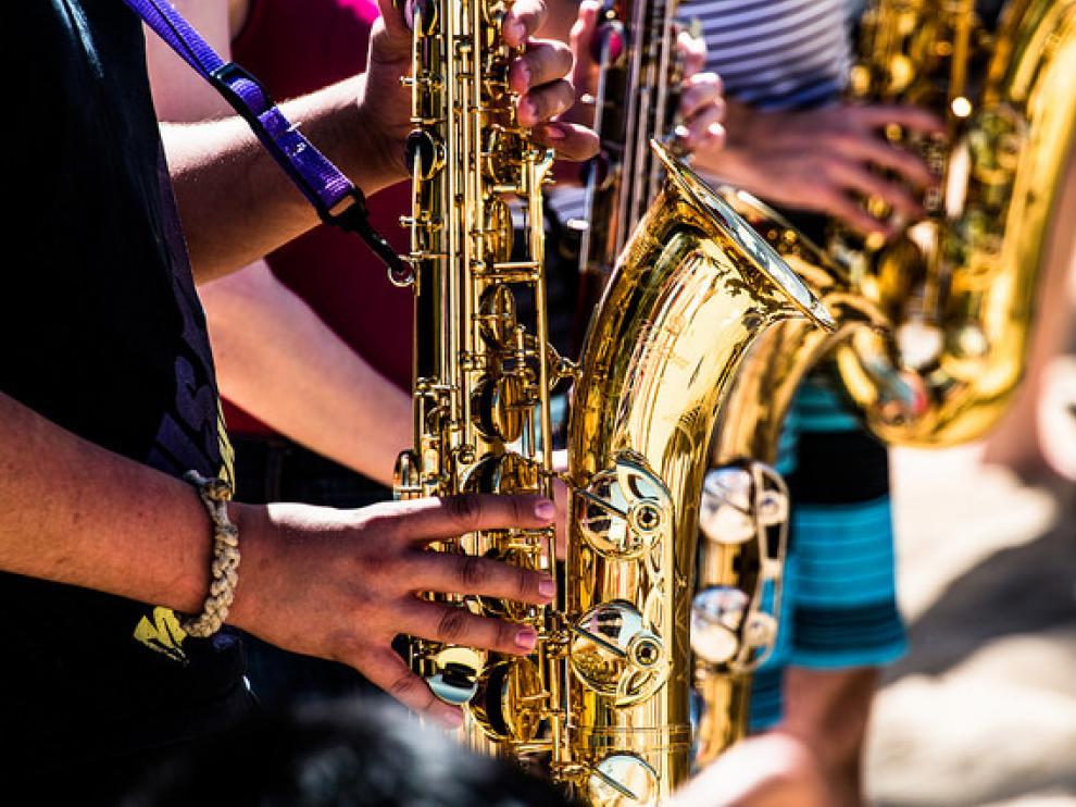 Algunos tonos generados por instrumentos musicales y voces humanas agudas causan problemas a algunas personas