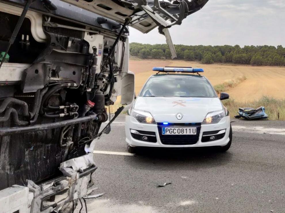 Estado en el que han quedado los vehículos tras el grave accidente