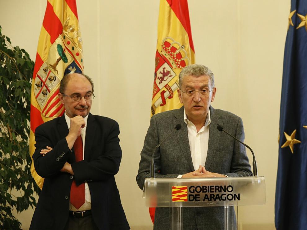 Sebastián Celaya dimite como consejero de Sanidad del Gobierno de Aragón y le sustituye Pilar Ventura
