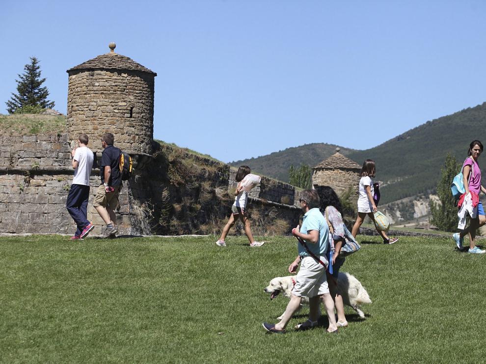 Turistas en Jaca