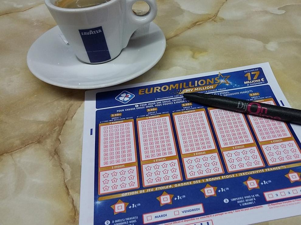 El hombre, que se creyó por unos minutos ganador del Euromillón, ha sido indemnizado con 7.000 euros.