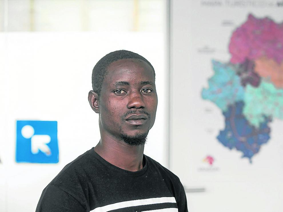 Lucky Oamen, un nigeriano de 26 años que vivió la odisea del Aquarius, espera encontrar en España su oportunidad.