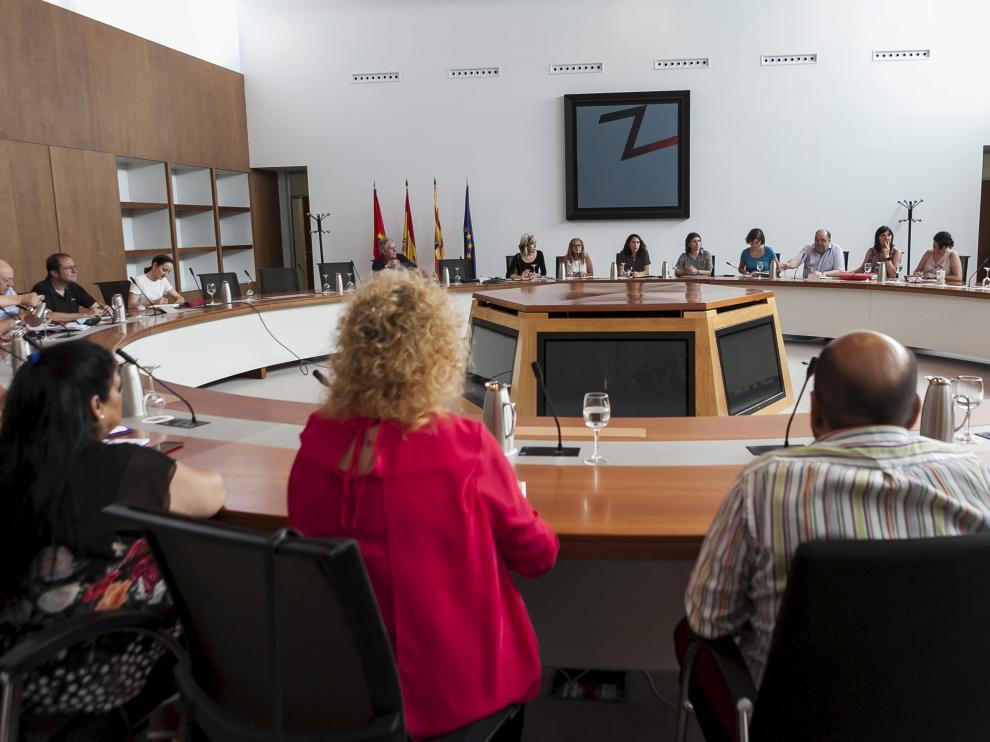 La reunión se celebró ayer por la tarde en la sala de plenos del Seminario.