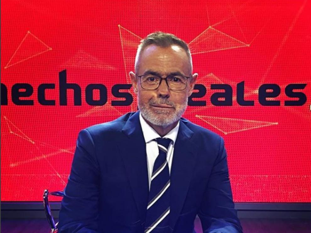 El presentador Jordi González en el plató de 'Hechos reales'