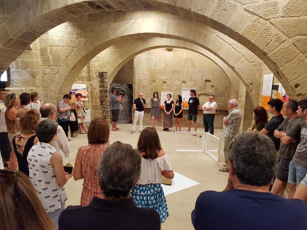 Inauguración de la exposición de Encuentra 18 en la Lonja Medieval.