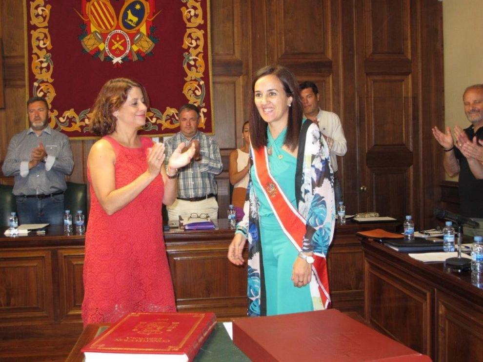 La concejala de Teruel María Jesús Sanjuán toma posesión en sustitución de José Ramón Morro.