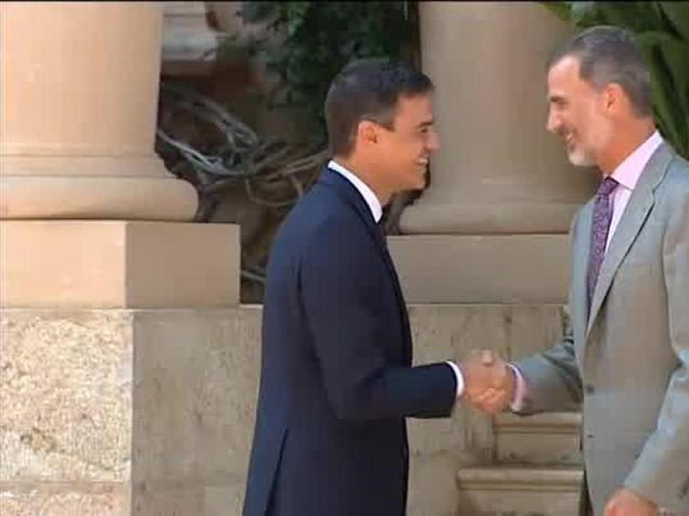 Pedro Sánchez, en un encuentro con el Rey en el Palacio de Marivent